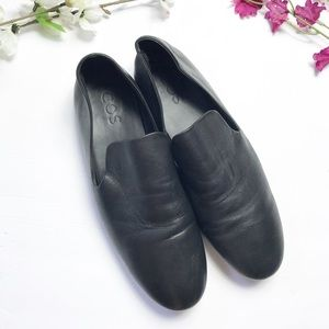 •COS• Leather Loafers
